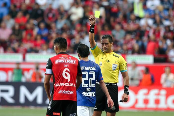 Cruz Azul debuta con triunfo y vuelve a ilusionar a su afición Roberto G...