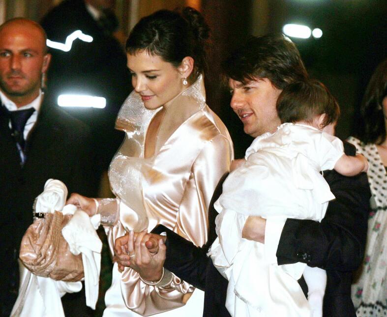 La niña nació el 18 de abril de 2006 y en noviembre de ese año sus padre...