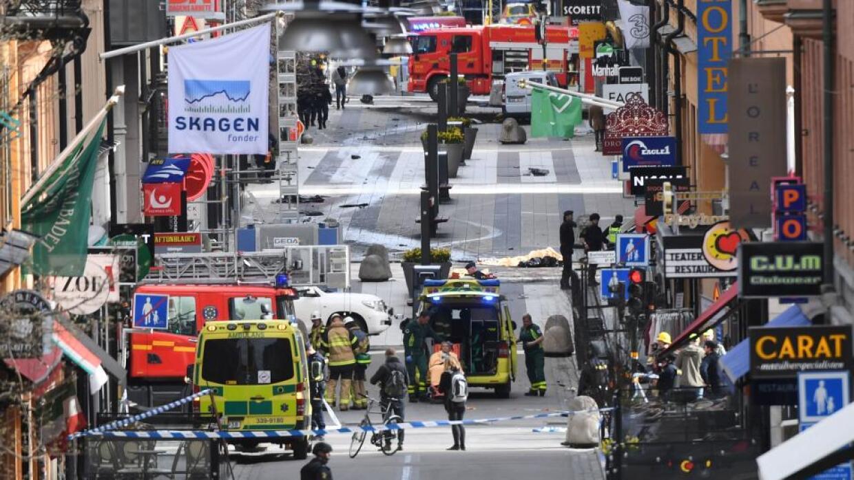 El ataque se produjo alrededor de la 1:00 pm (hora local) cerca de unos...