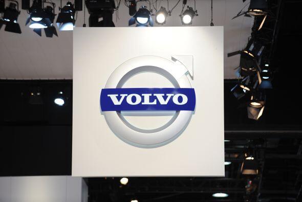GRUPO VOLVO- El fabricante de vehículos Volvo obtuvo un beneficio...