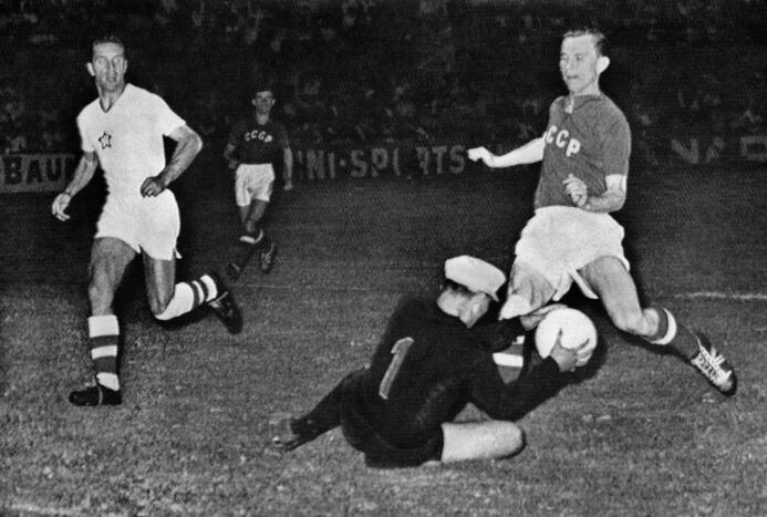 ¡Fantasmas del fútbol!: selecciones de países desaparecidos que fueron m...