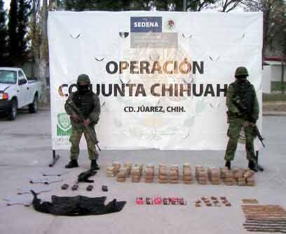 Militares en pie de guerraEn esta declarada guerra contra el narcotráfic...