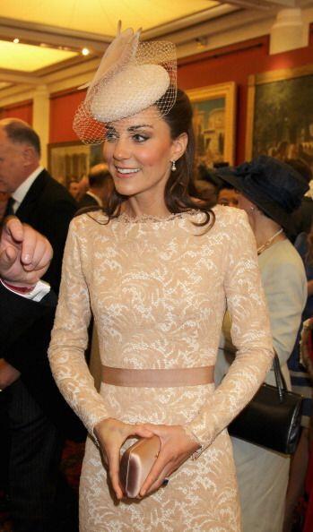 La duquesa de Cambridge no dudó en conseguir un 'nude dress' para comple...