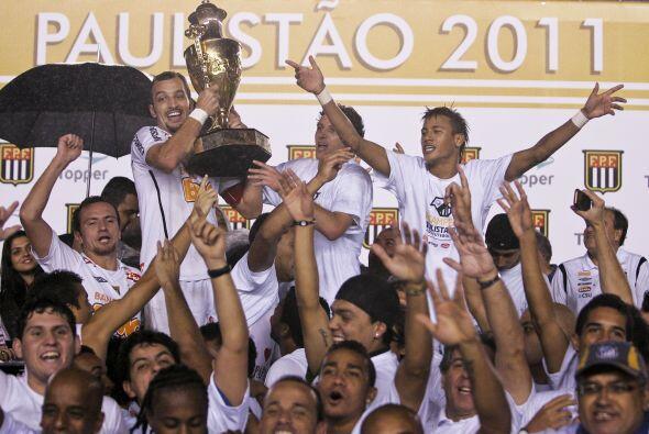 Arouca adelantó al club del puerto paulista en el minuto 16 con u...