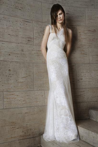 Los vestidos de Vera Wang siempre son especiales, simples pero elegantes...