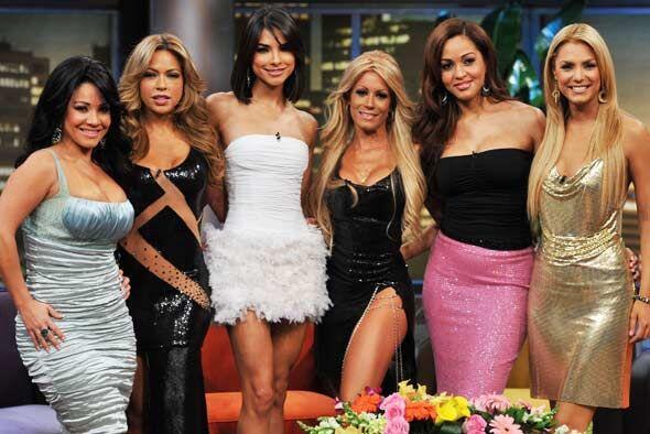 Don Francisco llena su show con bellezas luchonas, guapas y exitosas en...