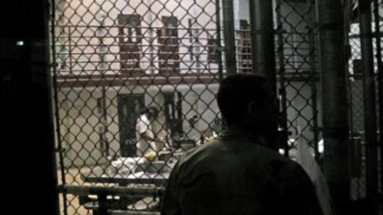 El hecho ocurrió en la prisión que EU posee en Cuba, donde se alojan 172...