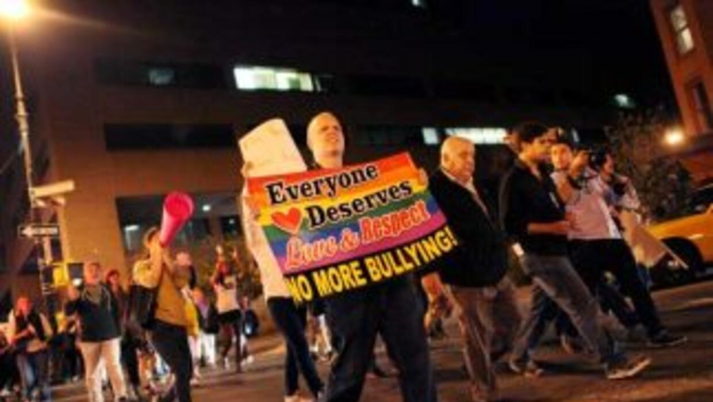 Activistas gays de Nueva York protestaron contra los casos de 'bullying'...