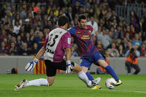 A los 10 minutos del primer tiempo Messi dijo presente.