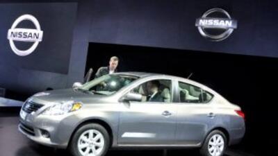 En el Auto Show de Nueva York 2011, Nissan presentó el nuevo Versa 2012,...