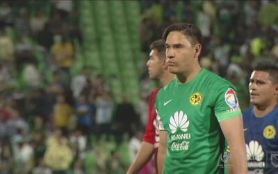 Moisés Muñoz se sacudió el dolor de estar en la banca ante Santos