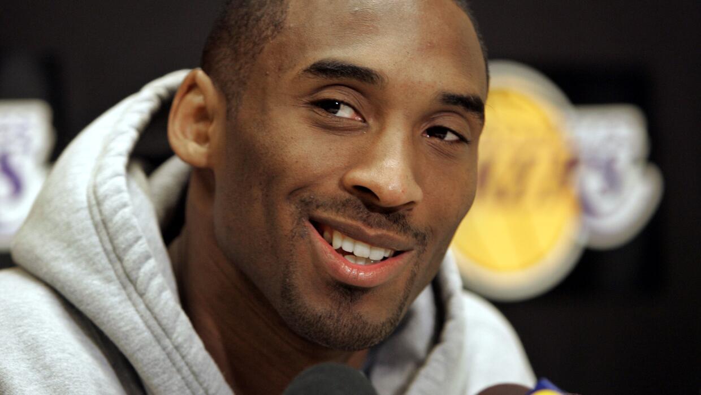 Contra los Raptors de Toronto en la sede de los Lakers en El Segundo, Ca...