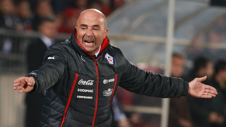 El estratega de la selección chilena criticó el arbitraje...
