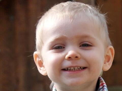 Riley Ward tiene dos años y realizó una proeza al contacta...