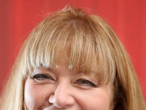 Ella es Sarah Ruane de 51 años de edad.