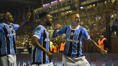 Gremio se impuso a Lanús en la final de la Copa Libertadores de A...
