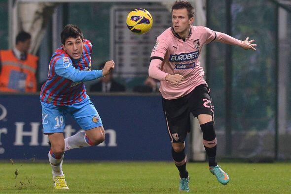 El mediocampista esloveno cumple su tercera campaña con el equipo italiano.