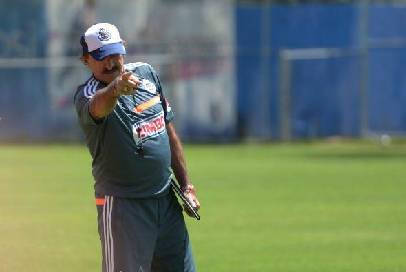 En el aniversario 108 de su fundación, Chivas vive un momento crítico en...