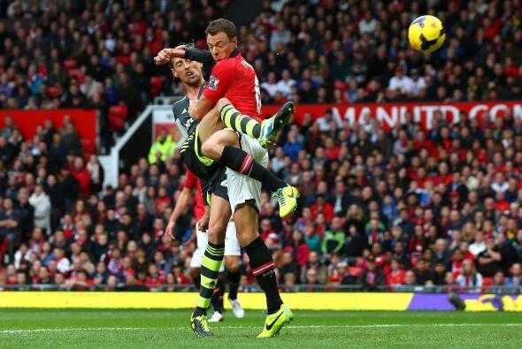 Se adelantó rápido el Stoke con un gol de Crouch.
