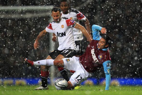 Ya en las acciones del duelo, el juego del Manchester no fue lo que se p...