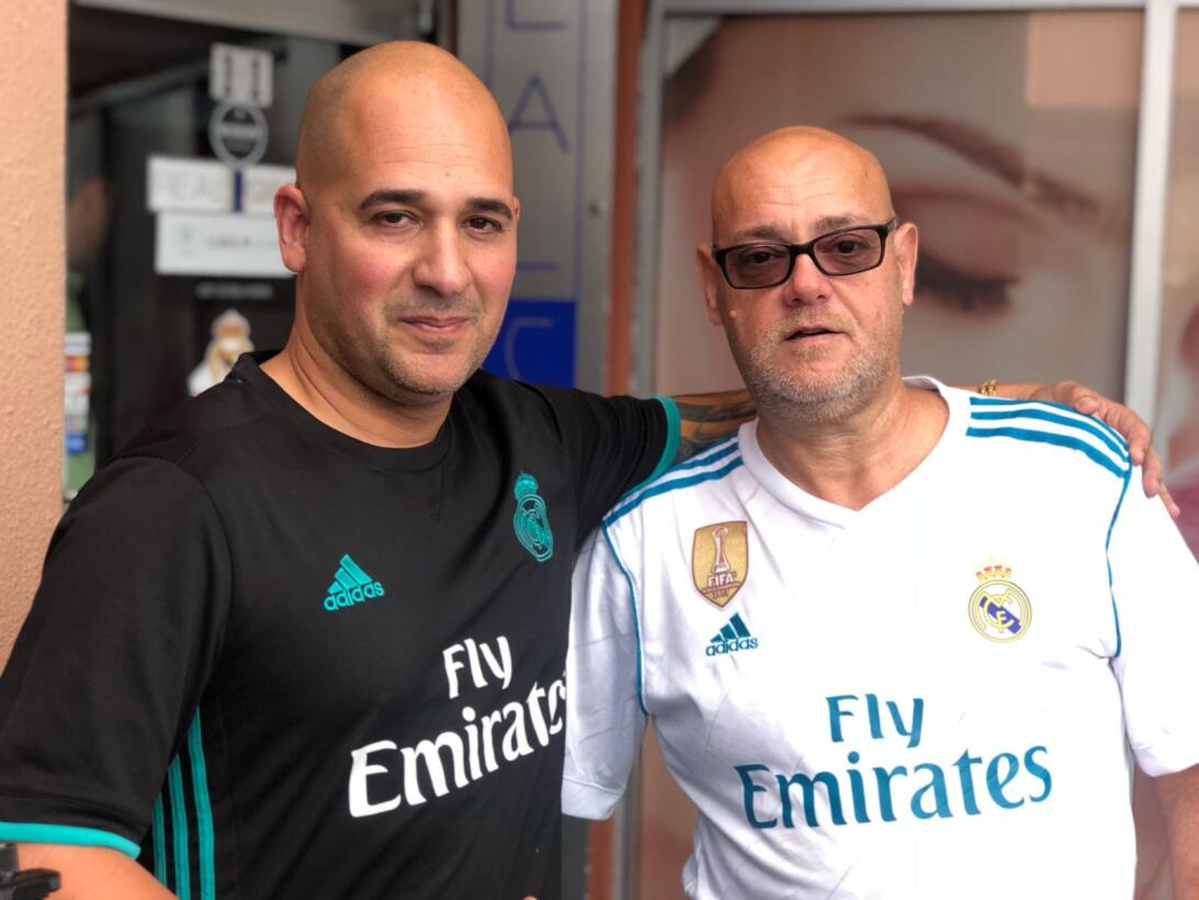 La Peña Madridista en Miami se reunió en el Café Real para vivir el part...