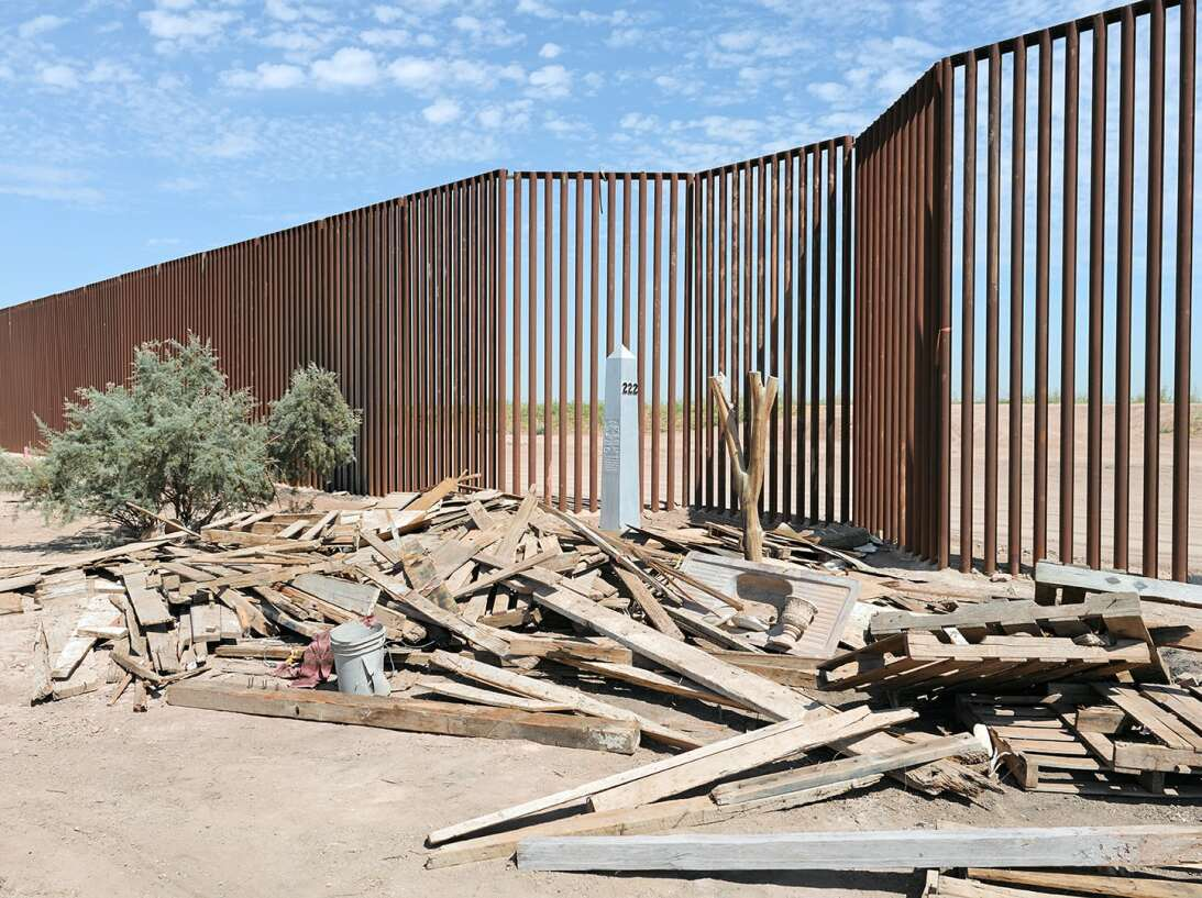 Border 6
