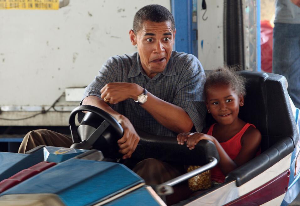 8 lecciones prácticas sobre educación que dejan los Obama como padres co...