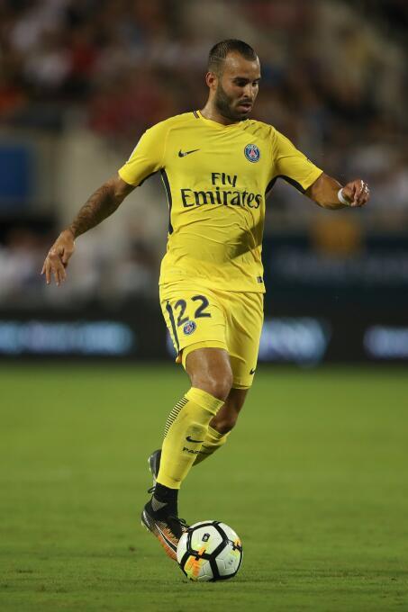 Jesé, quien llegó al PSG la pasada temporada con las expectativas muy al...