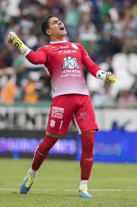 Cruz Azul no aprende: otro empate de último minuto, ahora con León Feste...