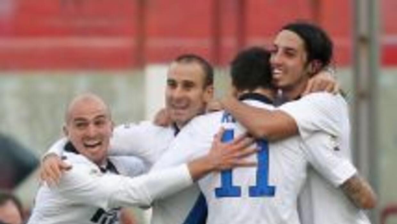 Palacios y Ricky salvaron los tres puntos para un Inter que hasta antes...