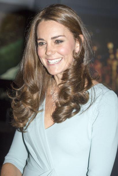 Kate Middleton es otra de las famosas que se convertirá en mamá el próxi...