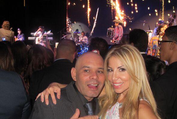 Jose y Roxy la pasaron muy bien en la gala del hospital St.Jude en compa...