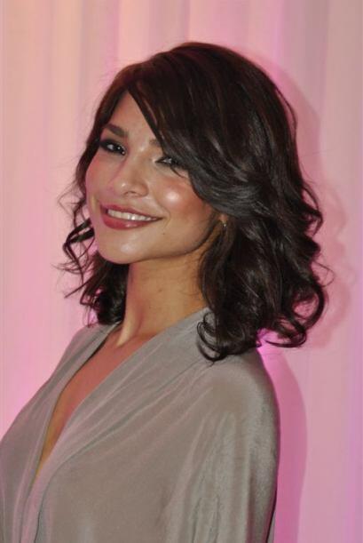 El peinado más característico de las reinas de belleza, es el rizado lig...
