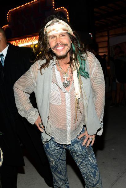 Steven Tyler, sin sus amigos de Aerosmith.  Mira aquí los videos...