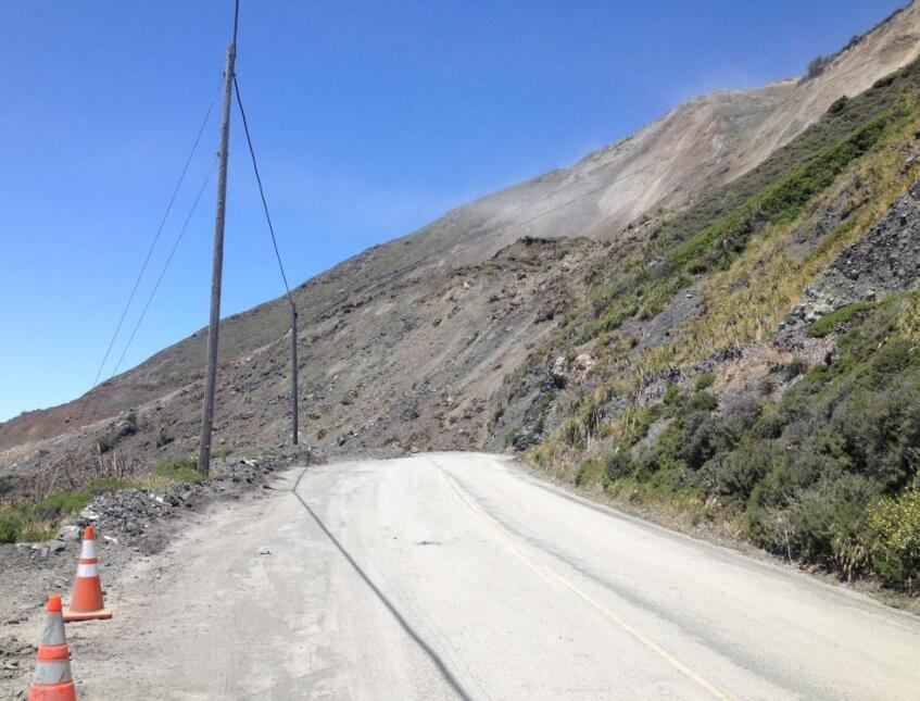 Derrumbe en Big Sur, California