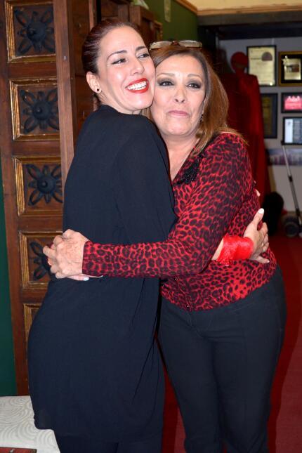 Michelle Salas y Sylvia Pasquel