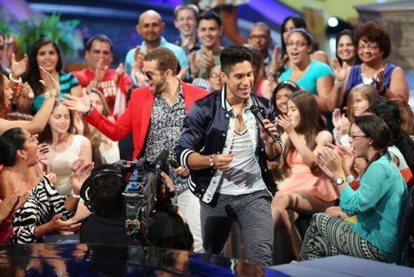 Los cantantes venezolanos aceptaron con mucho cariño la invitación para...
