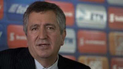 El dueño de Chivas dijo que no esperaba que la relación con La Volpe ter...