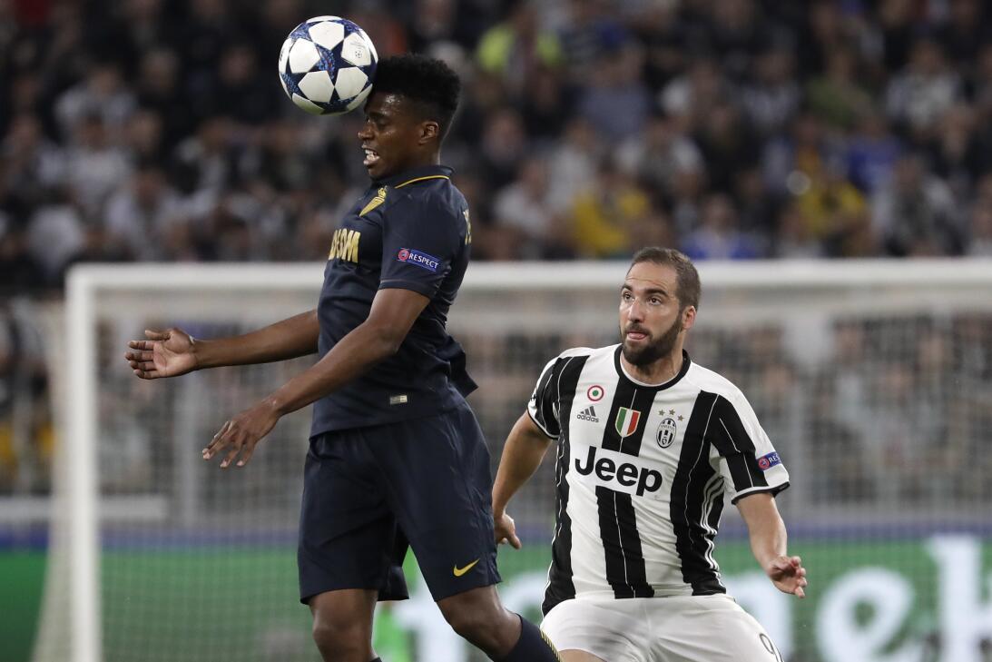 ¿Finalmente Buffon será recompensado con 'La Orejona'? AP_17129688296322...