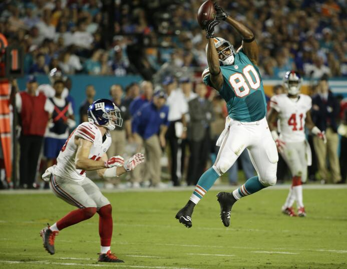 Valiosa victoria para los Giants sobre los Dolphins  31-24, para empatar...