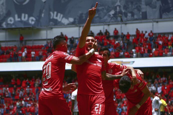 No quisieron tacos y prefirieron choripanes: cambiaron Liga MX por Argen...