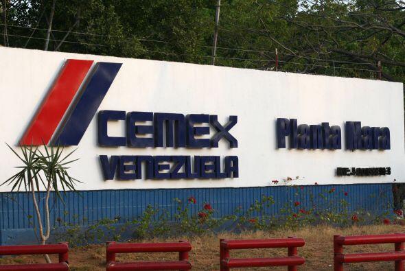 CEMEX- La cementera mexicana anunció que de aquí a diciembre de 2013 tie...