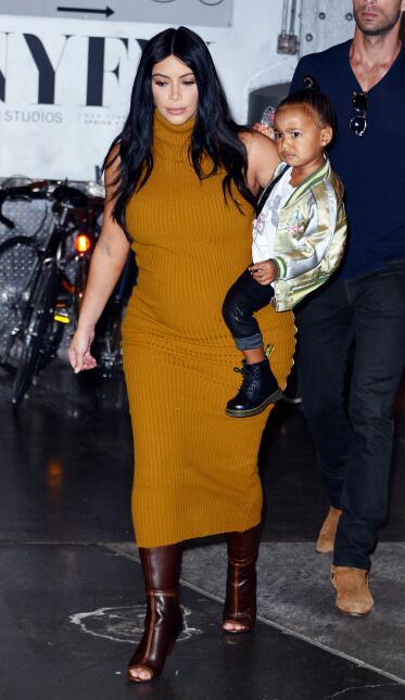 Kim Kardashian con Nori en Manhattan.