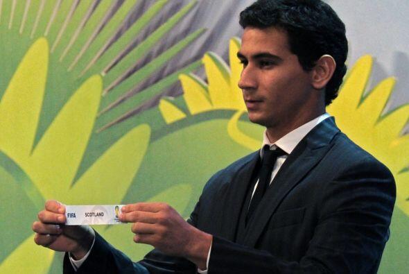 Ganso, jugador del Santos pero pretendido por varios en Europa, particip...