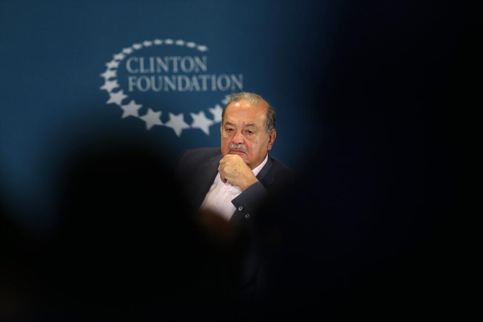 #4: Carlos Slim, propietario de Grupo Carso. Fortuna estimada: 50,000 mi...