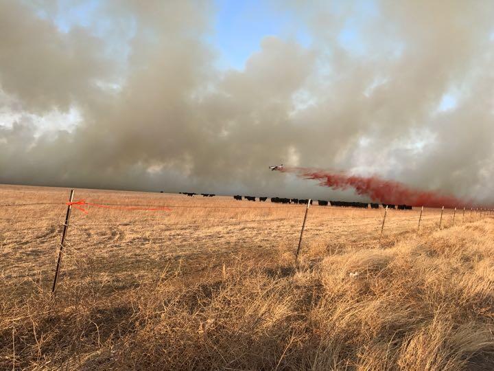 Incencios en el Medio Oeste afectan a varios condados de Texas C6ReUrPVM...