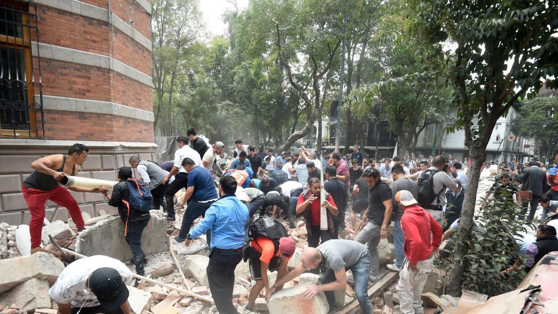 El terremoto ocurrió poco después de que México hic...