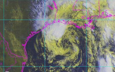 Declaran estado de emergencia en Texas y Luisiana por el paso de la torm...