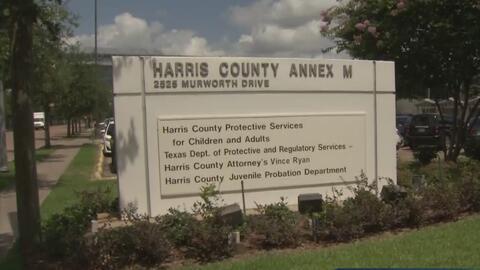 El condado de Harris inaugura un programa que busca ayudar a las persona...