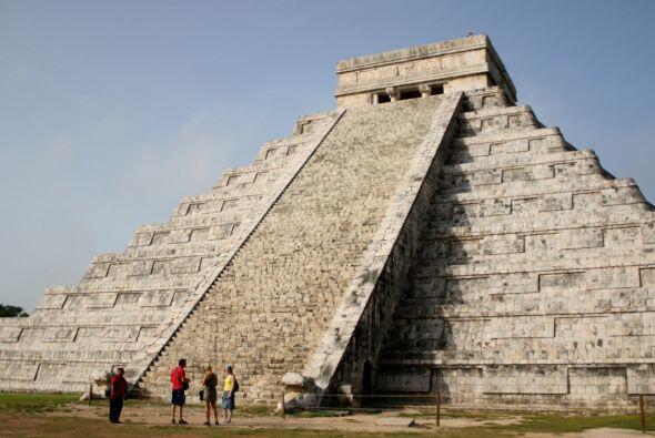 Sólo las pirámides de México y las de Egipto son la...